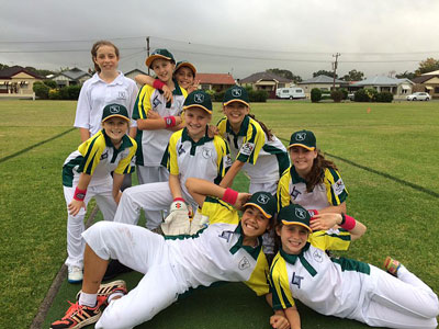 Leenane Templeton Newcastle Accountants Sponsor Girls Cricket Team